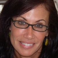 Stephanie Straeter online counseling and therapist