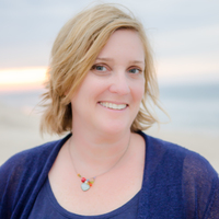 Amanda Costin online counseling and therapist