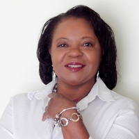 Donna Coles online counseling and therapist