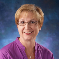 Glenda Davis online counseling and therapist