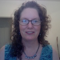 Laura Gates online counseling and therapist